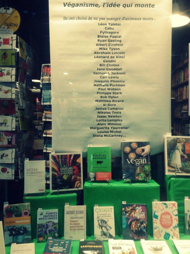 Librairie de la rue en pente 2